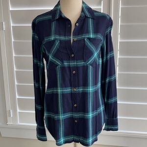 A New Day size S, plaid Navy & Teal button up